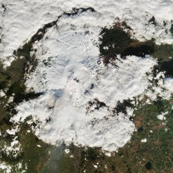 Snow-covered-Etna-ESA_1600.jpg
